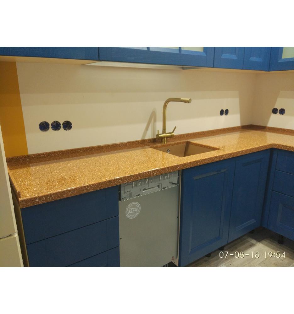 Столешница в кухне Tristone, цвет F-107 Copper Mountain